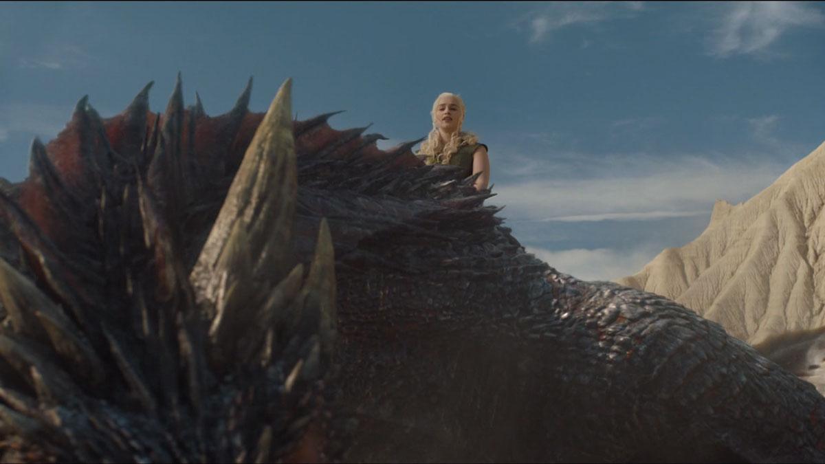 Daenerys-a-lomos-de-Drogon