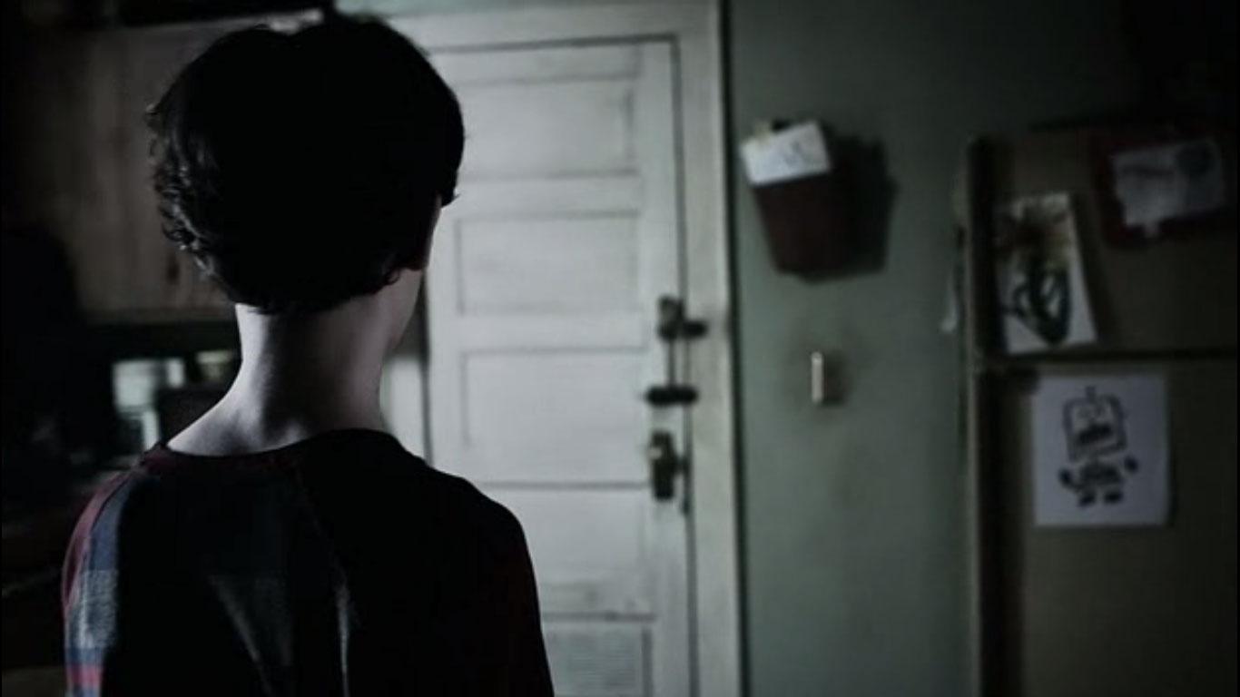 Outcast S01E02