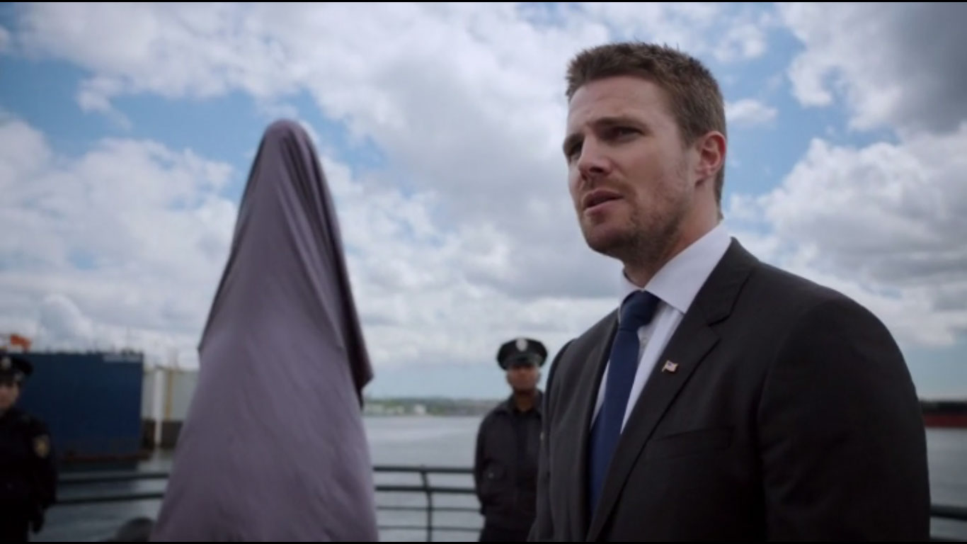 Review Arrow S05E01